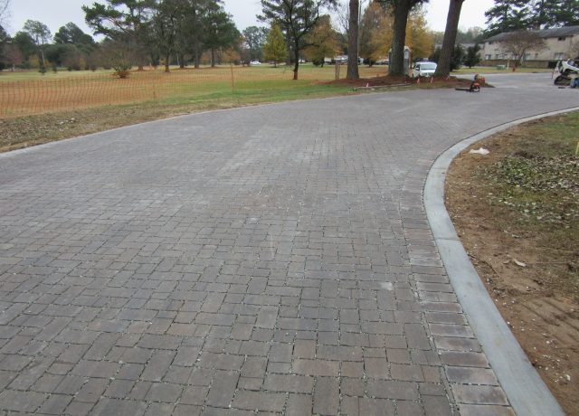 Permeable Pavement Portfolio : greenville-apt-access-road