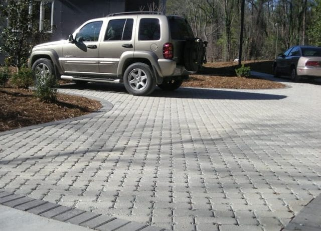 Permeable Pavement Portfolio : duke-smart-house-036
