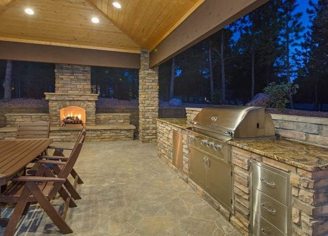 Outdoor Kitchens & Fireplaces : fa-outdoorkitchensandfireplaces-gallery1