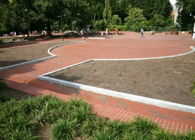 Commercial Portfolio : ncsu-wolf-sculpture-plaza-007